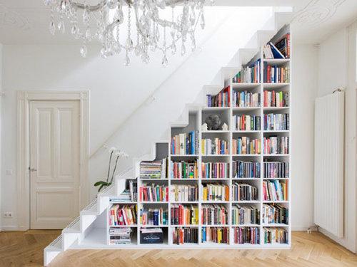 Triangular Bookcase - Shape Of The Day: Triangular Furnishings Six Different Ways