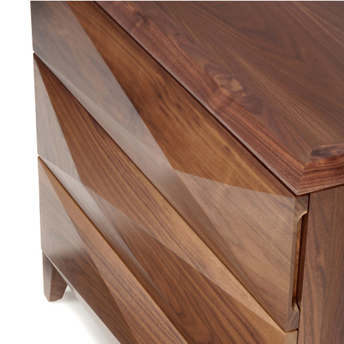vervano vivian chest 3 drawer fronts with multi-faceted design