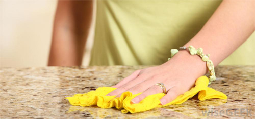 Six Different Ways To Make Your Own Natural Home Cleaning